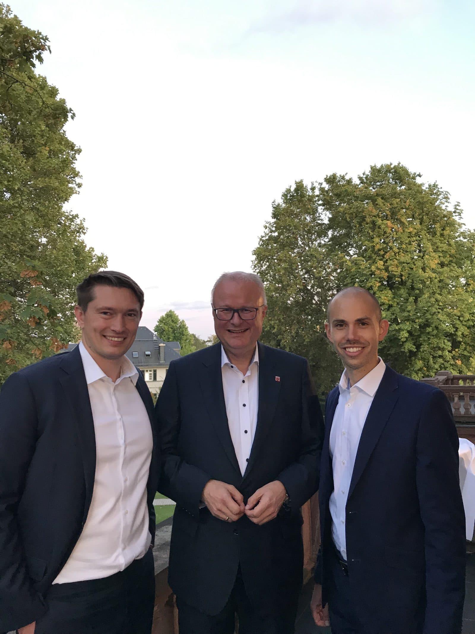 Nachfolgekontor - Julian Will, Fabian Schmidt und Herr Schäfer